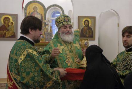 Поминовение на ектинии Церковь Покрова на Боровой