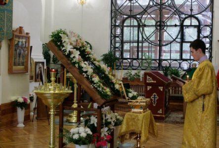 Молебен Церковь Покрова Пресвятой Богородицы на Боровой